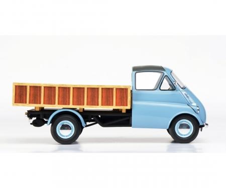 Isocarro Pritschenwagen, hellblau 1:18