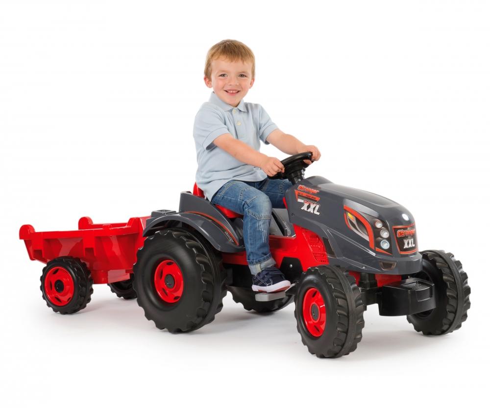 tracteur stronger xxl remorque tracteurs roulants. Black Bedroom Furniture Sets. Home Design Ideas