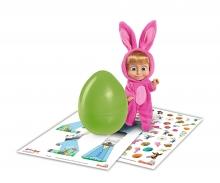 Masha im Hasenkostüm mit Ei