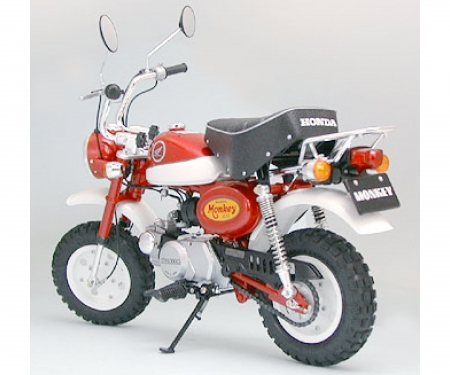 1:6 Honda Monkey 2000 Anniversary