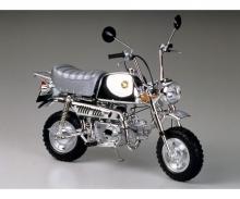 1:6 Honda Gorilla Spring Collection