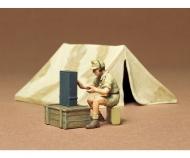 1:35 WWII Diorama-Set Tent w/Radio(1)