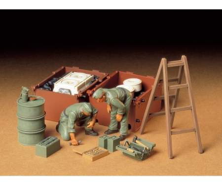 1:35 Diorama-Set Ger.Engine Maint.Cr.(2)