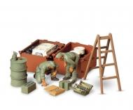1:35 Diorama-Set Dt. Panzer Instands.(2)