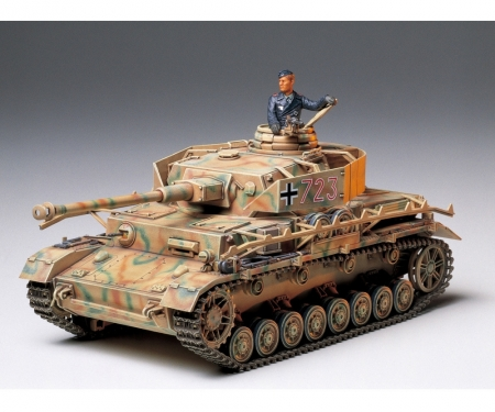1:35 WWII SdKfz.161/2 Panzer IV J (1)