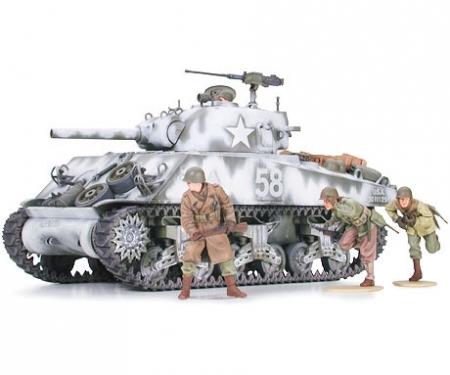 1:35 WWII US Sherman M4A3 105mm Haub.(9)