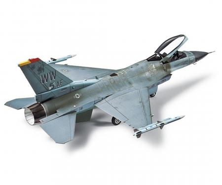 1:72 US F-16CJ Fighting Falcon
