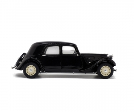 1:18 Citroën Traction IICV, black, 1937