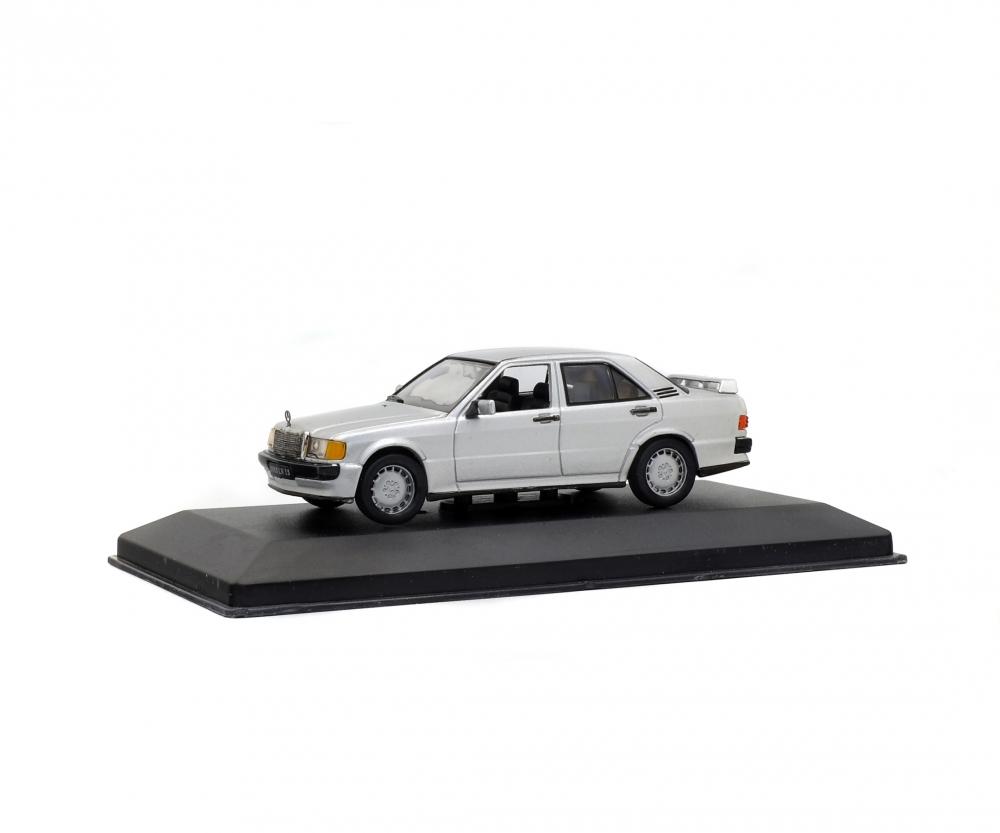 1:43 Mercedes-Benz 190E, silver, 1984 - 1:43 Die-Cast