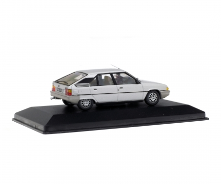 143 Citroën Bx16 Trs 1982 Grey 143 Die Cast Collection Solido