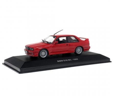 1:43 BMW M3 E30, red