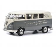 """VW T1b Bus """"VW Bus- mit der ganzen Familie unterwegs...."""" 1:18"""