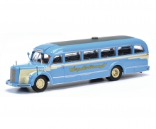 "Mercedes-Benz O6600 ""Wanderfreund"" with driver, 1:43"