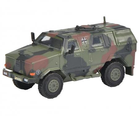 """Dingo I, all protection vehicle """"Bundeswehr"""", camouflaged 1:87"""