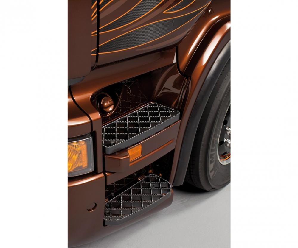 1 24 scania r730 v8 black amber truck trailers accessories 1 24 plastic models italeri. Black Bedroom Furniture Sets. Home Design Ideas