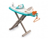 Ironing board + stream iron