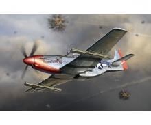 1:32 P-51K Mustang w/4.5-Inch M10 Rocket