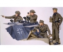 1:35 German Sturmartillerie Crew 1940-45