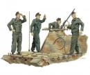 carson 1:35 Achtung-JABO! Tank Crew (France'44)