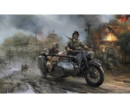 carson 1:35 WWII Ger. R12 Sidecar w/ Crew (2)