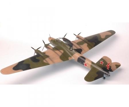 carson 1:72 WWII Sov. Bomber PE-8 Petlyakov