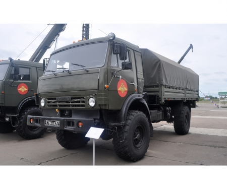 carson 1:35 Russian 2Axle Military Truck K-4326