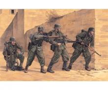 carson 1:35 German Wiking Division Kovel 1944