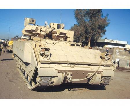 carson 1:72 M2A3 Bradley