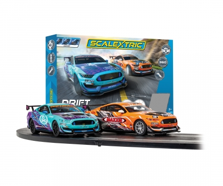 carson 1:32 Drift 360 Race Set Scalextric 392cm
