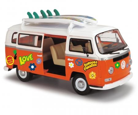 DICKIE Toys Surfmobiel A/Surfboards(1:14,32cm)