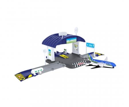 Creatix Airport Hangar+1 airplane