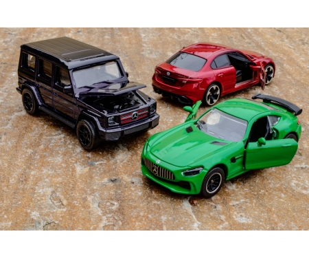 majorette Premium Cars, 18-fach sortiert