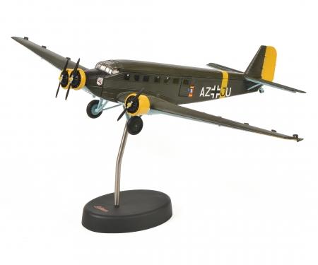 """schuco Junkers Ju52/3m """"Amicale Jean-Baptiste Salis"""", olive, 1:72"""