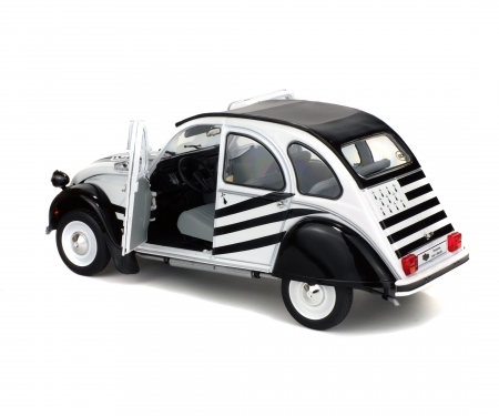 schuco 1:18 Citroën 2CV6 BZH, white/black, 1978