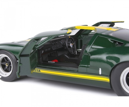 schuco 1:18 Ford GT40 green racing