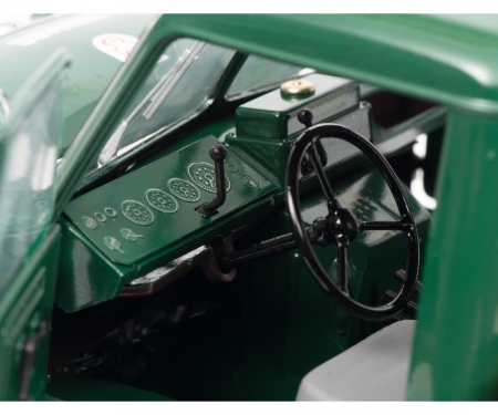 schuco Mercedes-Benz Unimog 401, green, 1:18