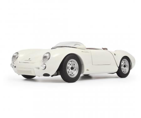 """Porsche 550 A Spyder """"Edition 70 Jahre Porsche"""", weiß 1:18"""