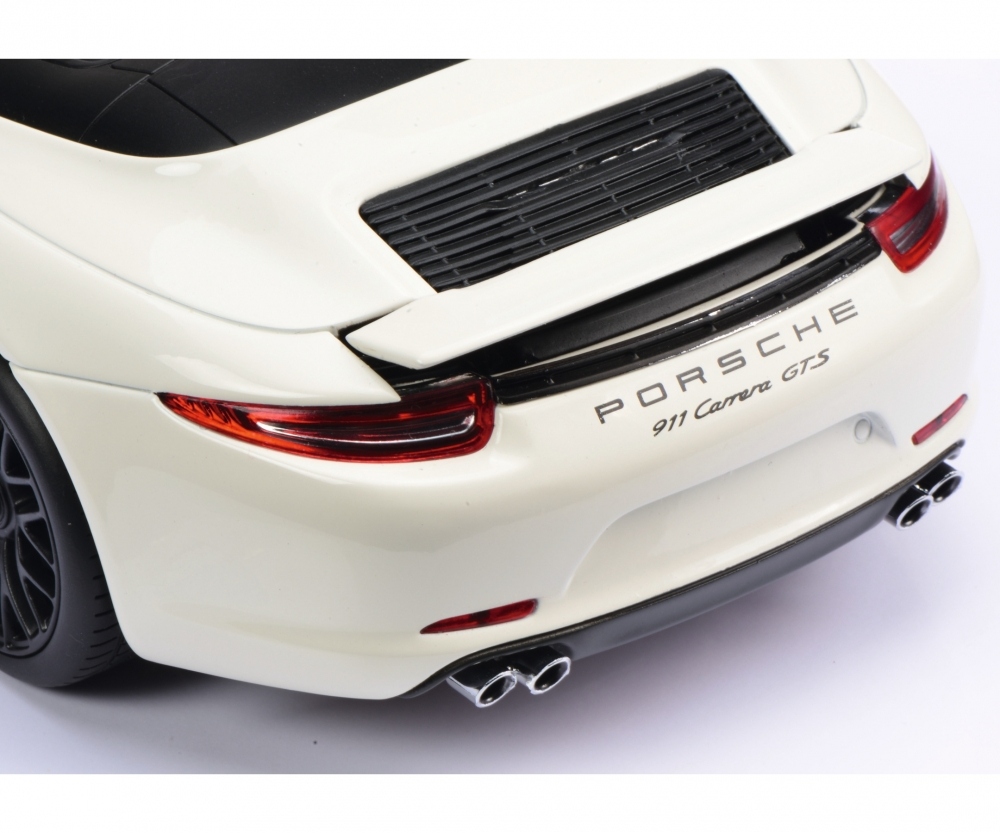 Porsche 911 Carrera Gts Cabriolet White 1 18 Edition 1 18 Car