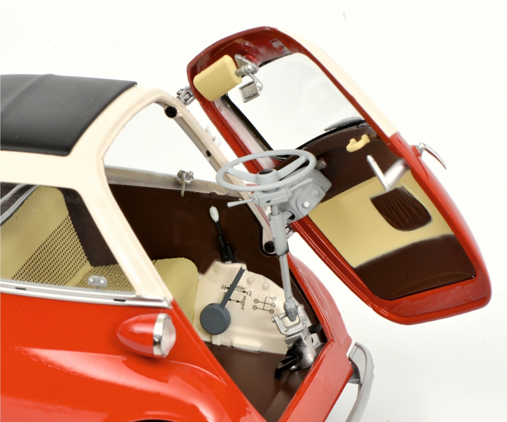 BMW Isetta Export, red/beige1:18 - Edition 1:18 - Car models