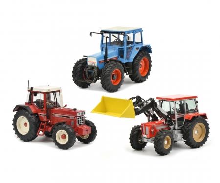 """schuco Set """"Tractor legends"""" 1:32 in wooden gift case"""