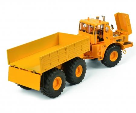 schuco Kirovets K-700 T, yellow, 1:32
