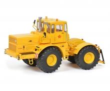 schuco Kirovets K-700A, yellow, 1:32