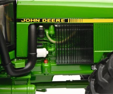schuco John Deere 4755 DTyre 1:32