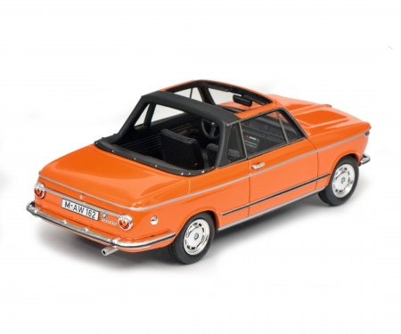 schuco BMW 2002 Cabrio (Baur), orange, 1:43
