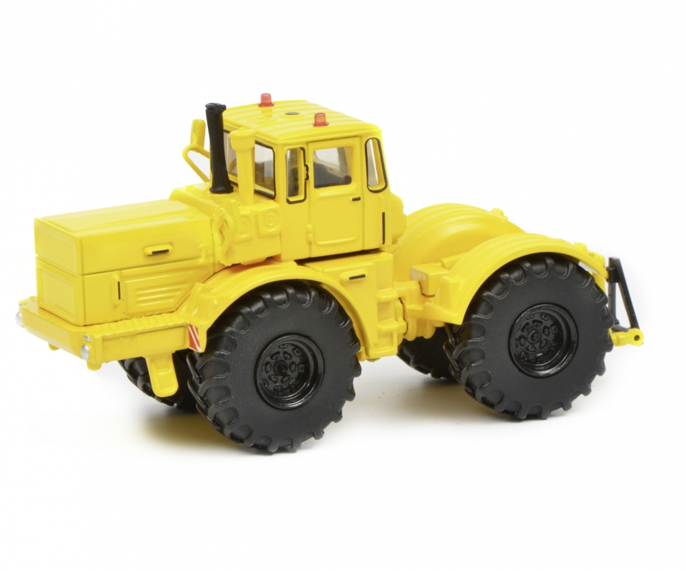 Schuco 1:87 tractor kirovets K 700 452634900