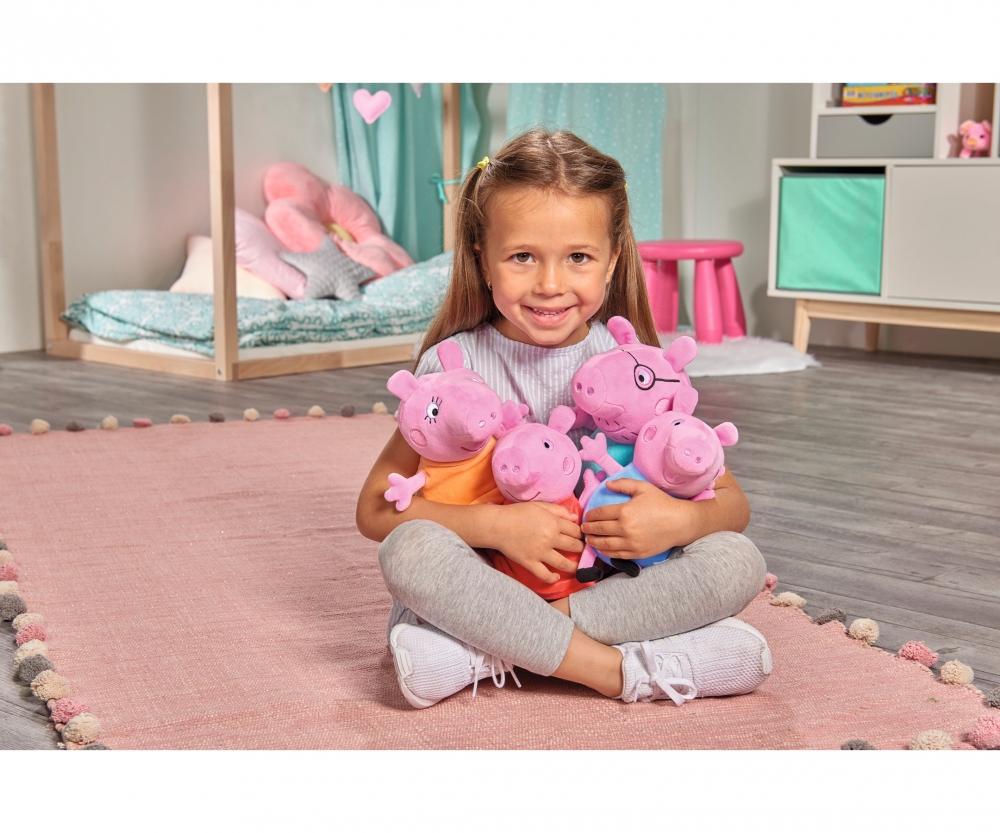 Peppa Pig Plüschfiguren 4-teiliges Familienset im Auto  NEU Simba 109261006