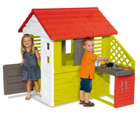 NATURE PLAYHOUSE + KITCHEN