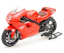 tamiya Yamaha YZR500'01
