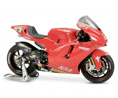 tamiya 1:12 Ducati Desmosedici #65 MotoGP´03