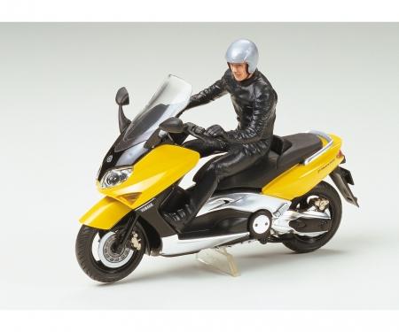 tamiya 1:24 Yamaha TMAX m. Fahrerfigur